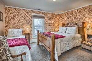 Abigail Duniway Room